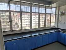 安居小區 帶地下室 交通便利 3室2廳1衛 136.3㎡